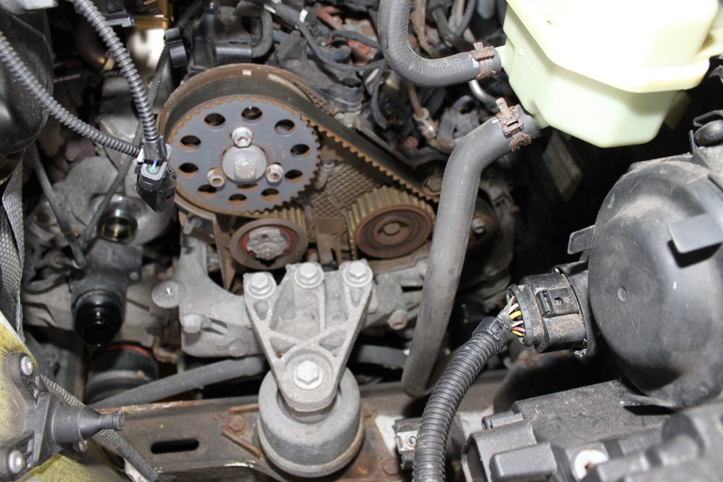 Volkswagen Transporter  timing belt and auxiliary belt