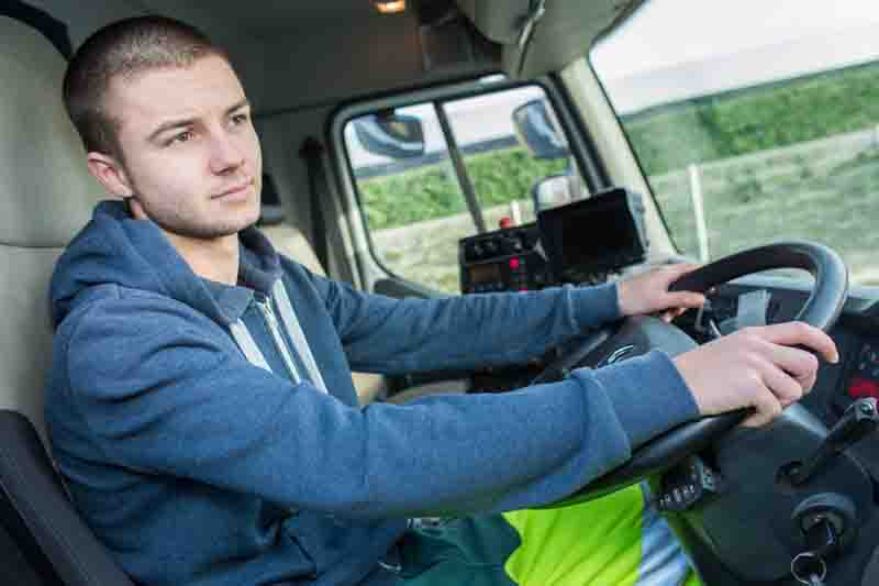 Brake publishes guidance to support younger drivers