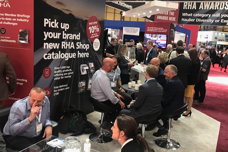 RHA leads delegation to DVSA stand at the CV Show
