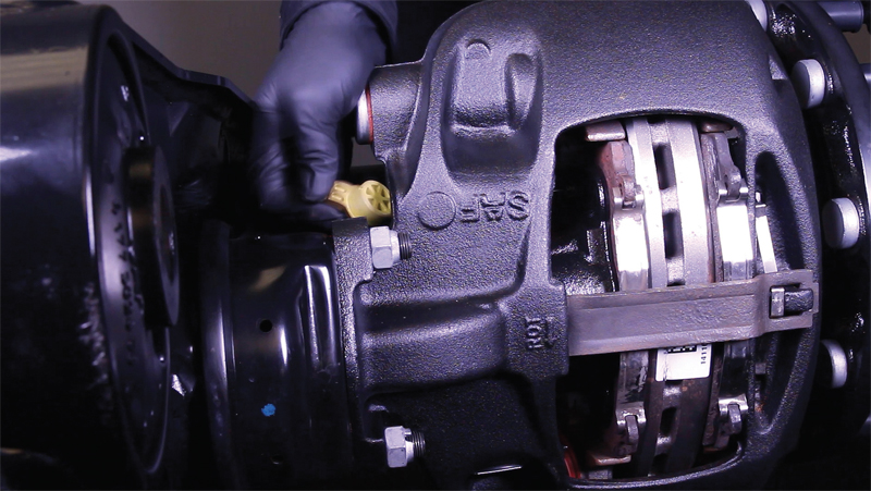 How to replace the pads in a SAF SBS 2220 caliper