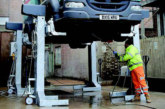 Wash bay mobile column lifts