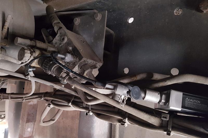 Pico valve