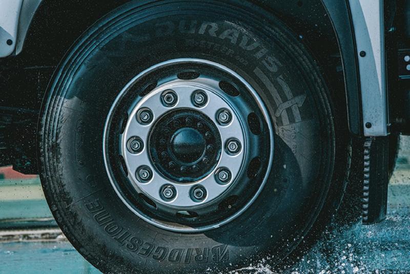 Bridgestone introduces ultra-durable tyre range