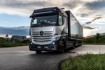 Daimler Trucks unveils fuel-cell truck